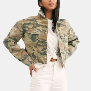 NWT Free People Camo Cropped Denim Jacket M